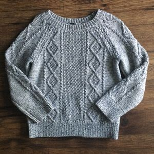 🌈3 for $13/ 5 years GAP sweater